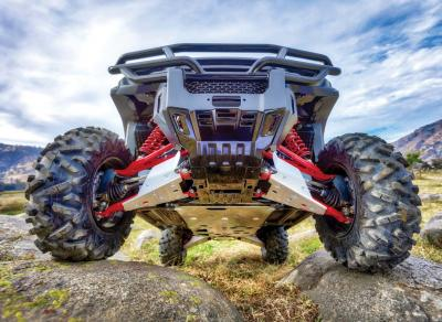 2017.honda_.pioneer1000-5deluxe.close-up.bighorn2.0tires.jpg