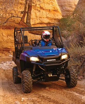2017.honda_.pioneer700.front_.blue_.riding.on-trail.jpg