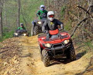 2017.location.spearhead-trail-stone-mountain-trail-system.atvs.riding.on-trail.jpg