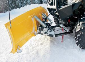 vendor.2017.warn.provantage-snow-plow.on-atv.jpg